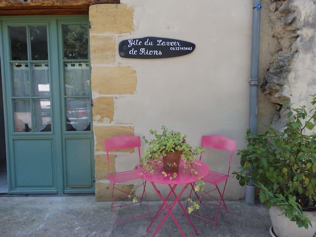 Gîte du Lavoir 3 * près de Bordeaux - Rions - Huis