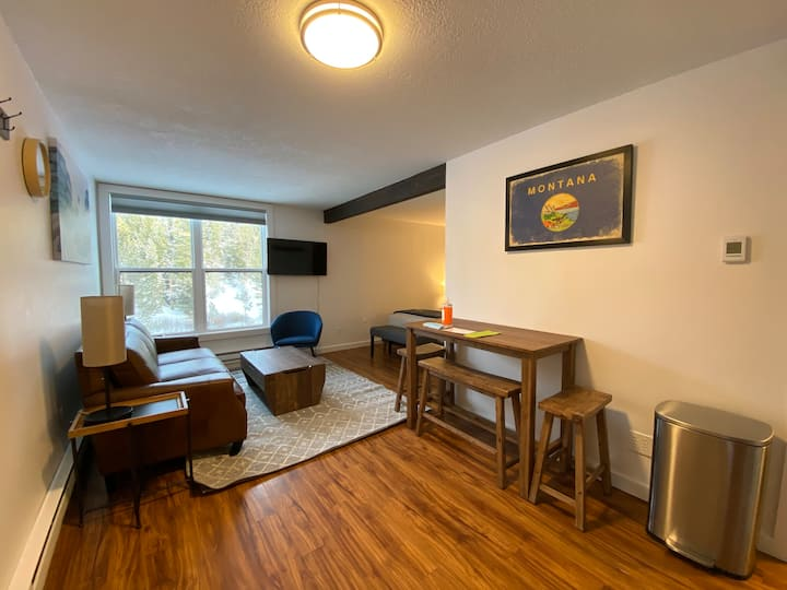 Creekside Condo In The Big Sky Mountain Village