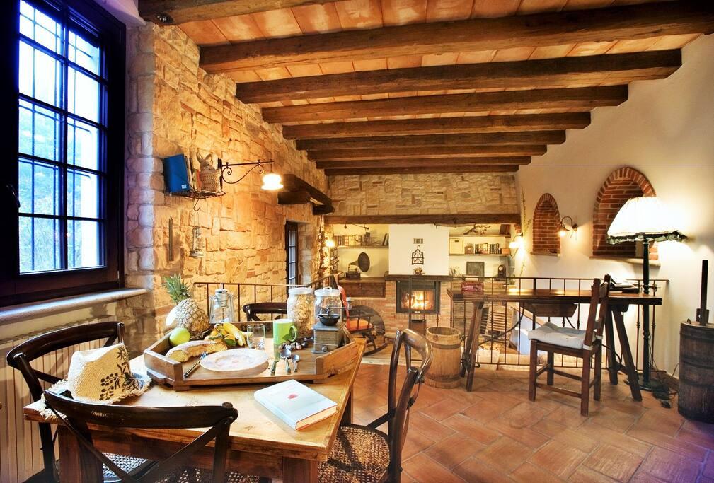 Salone breakfast Antica Rocca suite