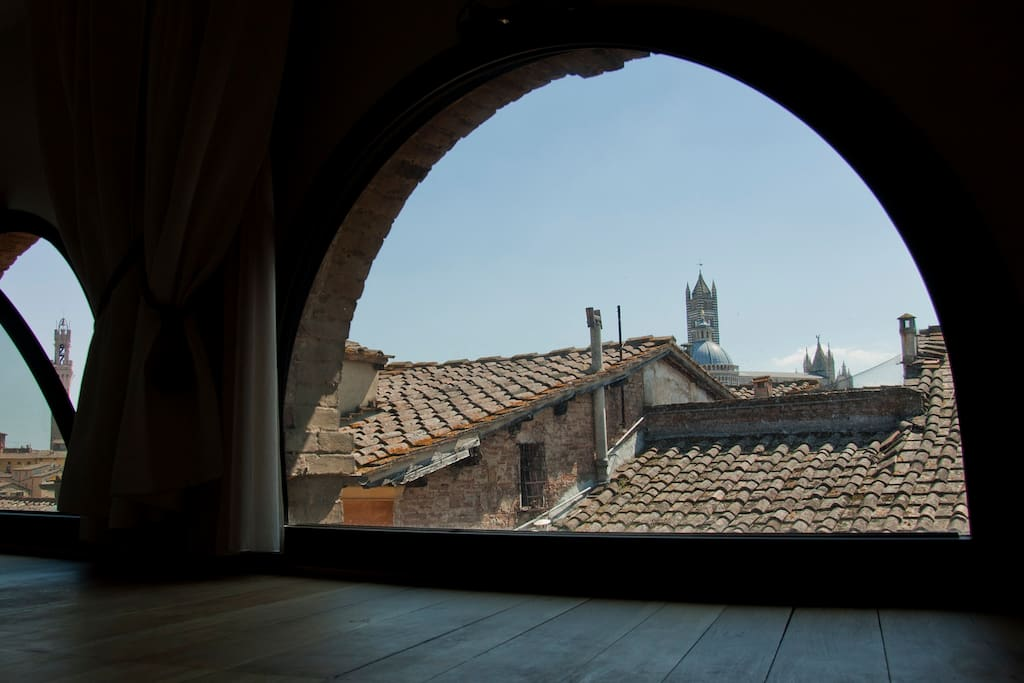 view from the bedroom on the Duomo and Tower
