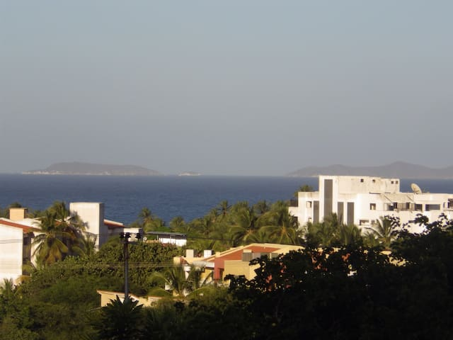 Studio overlooking Playa El Agua - La Mira - Apartment