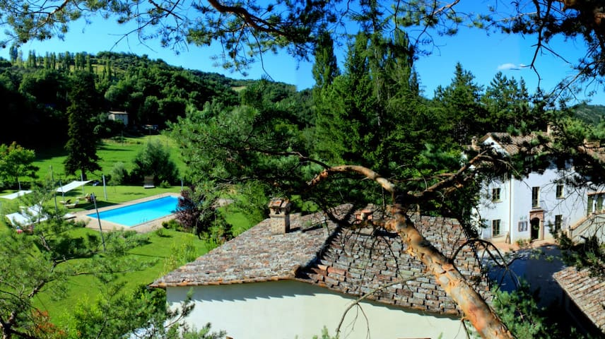 Charming Countryhouse in Umbria - Montone - Apartamento