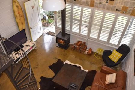 Historic Boutique Cottage in the heart of Torquay