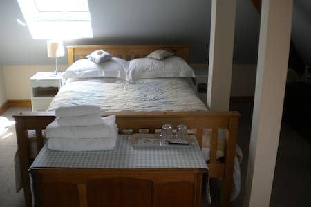 double room upstairs (f) - Umberleigh - Bed & Breakfast
