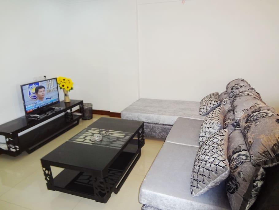 红星美凯龙定制沙发,茶几、电视柜
