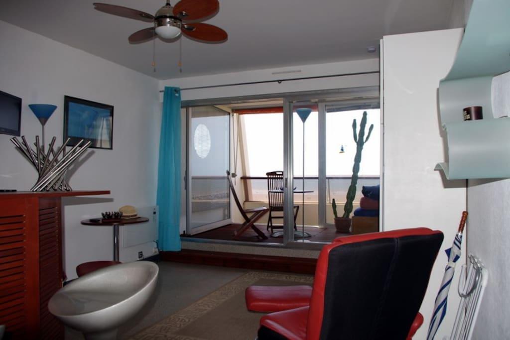 studio avec loggia appartements louer saint jean de monts pays de la loire france. Black Bedroom Furniture Sets. Home Design Ideas