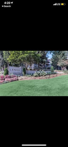 LUXURY CONDO IN BUCKHEAD!! NEXT TO LENOX MALL