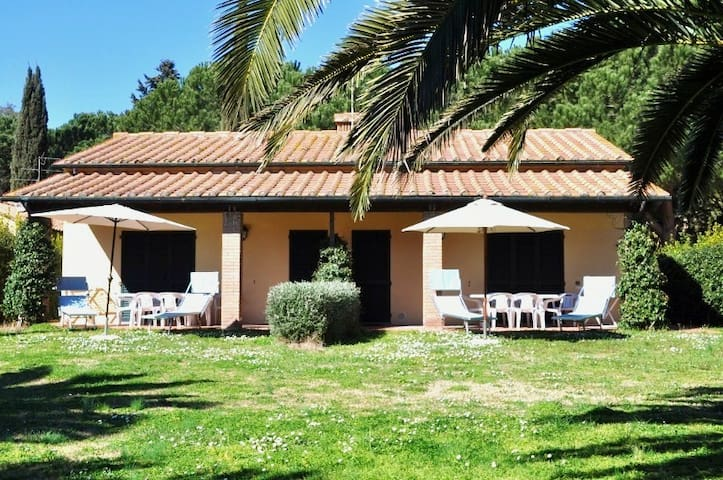 Country Villa on the Tuscan sea! - Stazione di Populonia - Villa