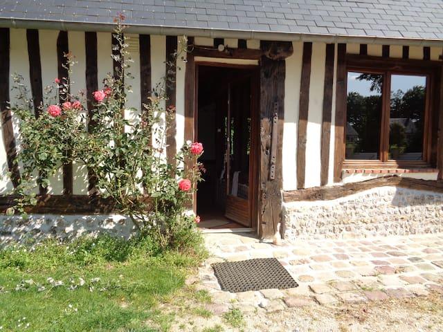 LA CIDRERIE, maison normande authentique. - Auzouville-Auberbosc - Hus