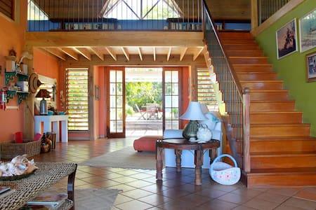 Rock Hill Villa, Silver Sands - Villa