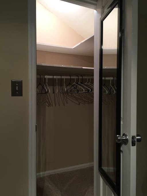 Semi-Walk-in Closet w/ Hangers