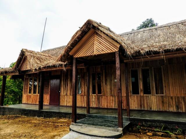 Trep Skum Bamboo Cottage (Wood Cabin II)