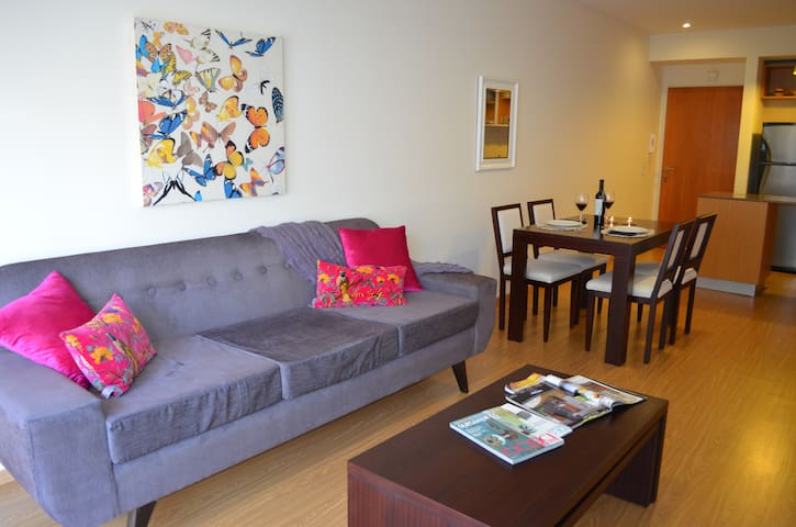 Luxury apartment in Belgrano with balcony!