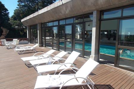 Apart-Hotel no centro de Gramado - Gramado - Pis