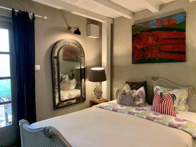 Honeysuckle cottage - bedroom 1