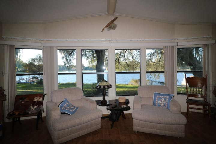 The Hernando Lake House