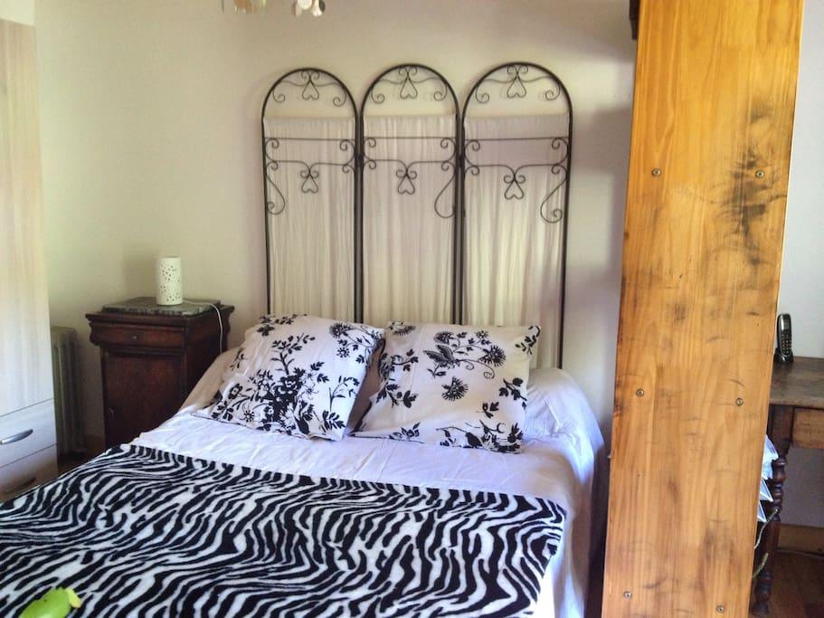 chambre d 39 h te b b salicetu chambres d 39 h tes louer saliceto corse france. Black Bedroom Furniture Sets. Home Design Ideas