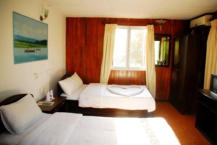 Deluxe bed room