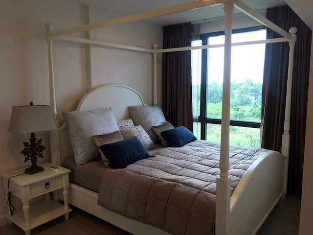 Luxury duplex condo room next to Chaopraya River