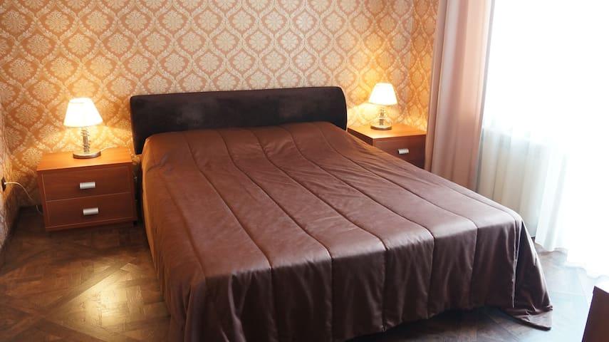 Tolstogo apartment
