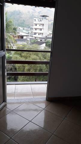 Apartamento aconchegante San Rhemo Sousas