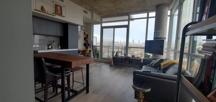 Cozy Condo With Stunning Views at Queen & Dufferin
