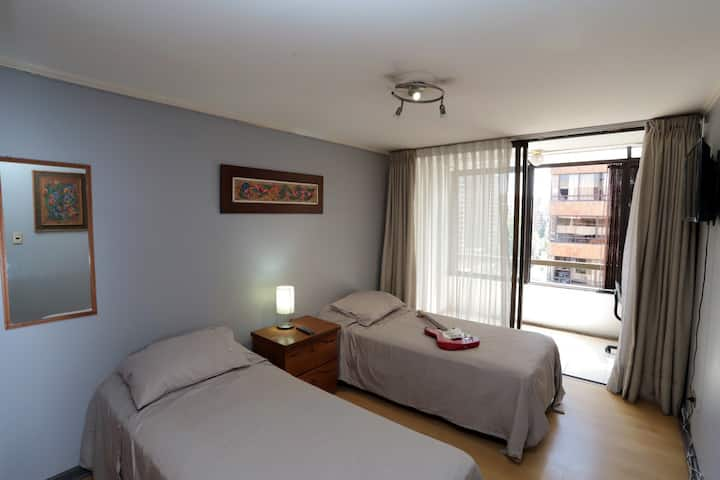 *ROOM & BALCONY LAS CONDES MALL / EVENTS / WORK*