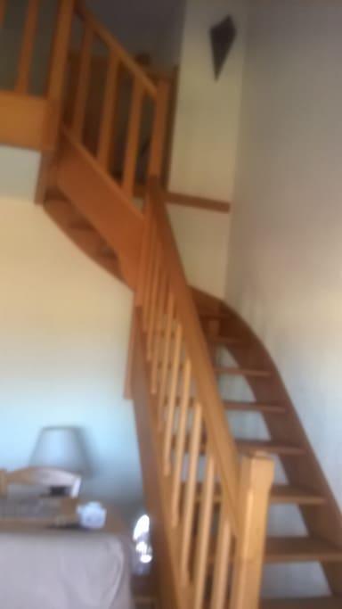 accès à l espace nuit par un escalier