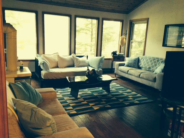 Beautiful House in Cannon Beach, OR(30 days min.)