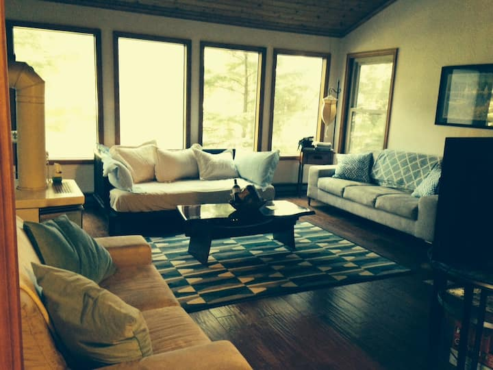 House in Cannon Beach, OR (30 days minimum.)