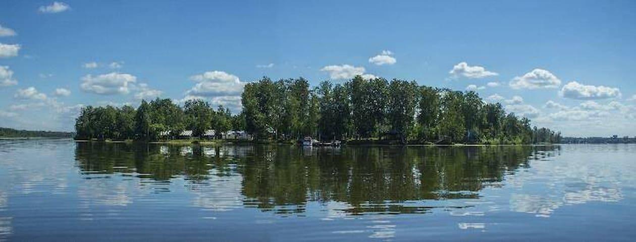 """Кемпинг """"Перепелиный остров"""" - Yaroslavl Oblast - Departamento"""