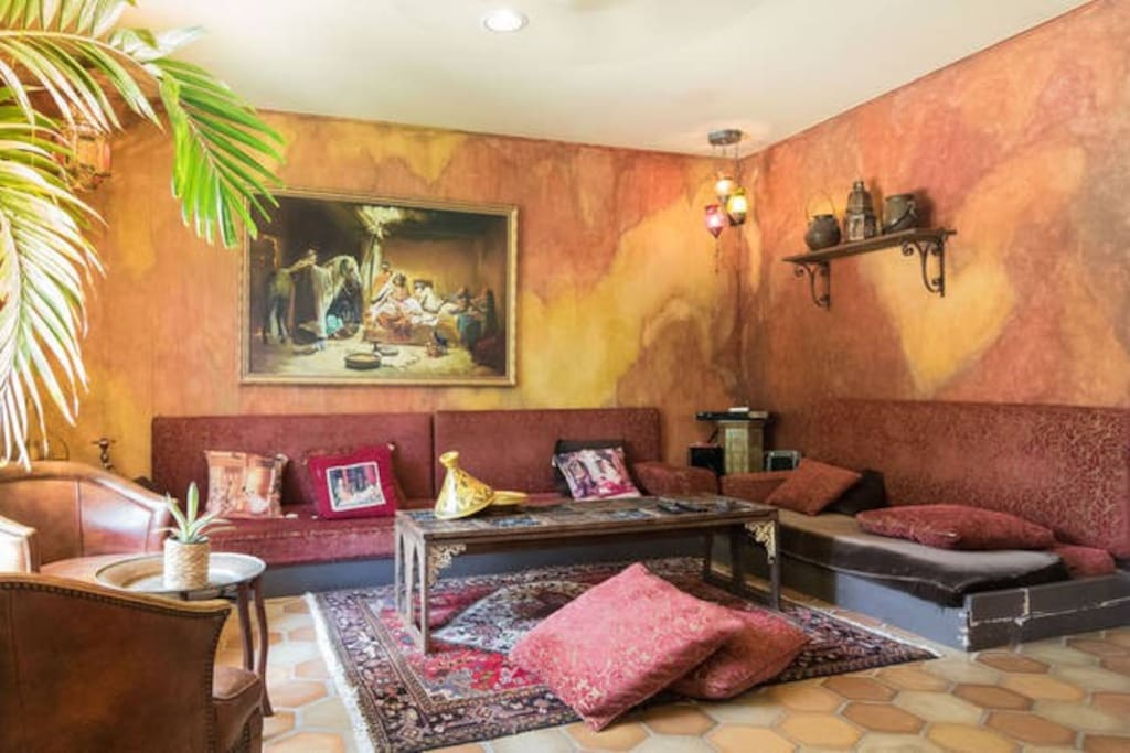 Diwan-Low Moroccan style seating