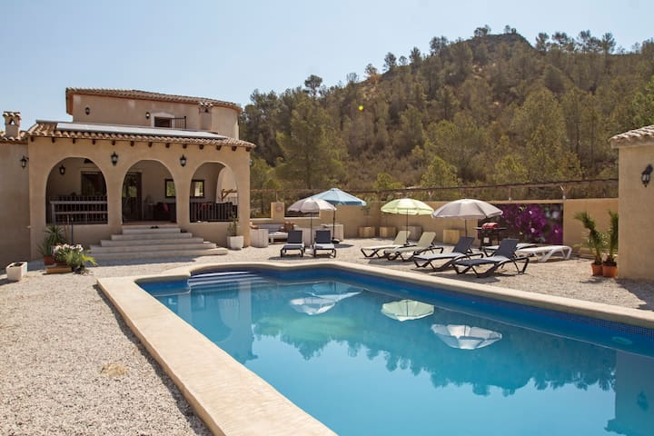 Beautiful Villa for 6-8 persons! - Relleu