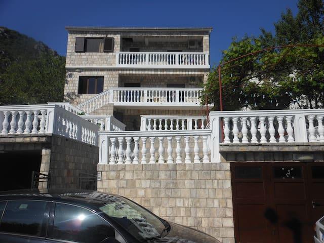 Villa Uros - Herceg Novi - Villa