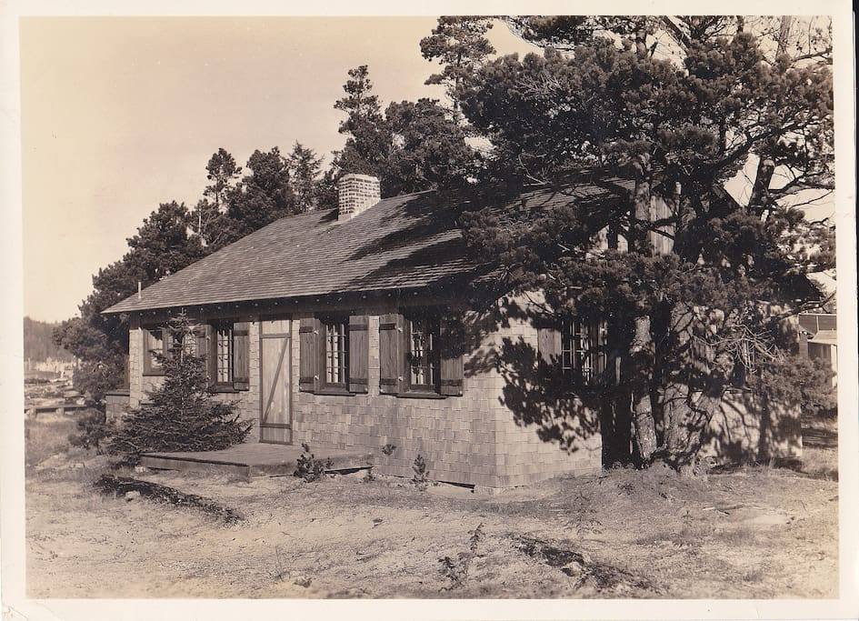 The original house in 1926, Seven years later the upstairs was added