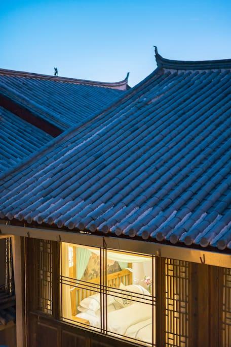 纳西建筑屋顶