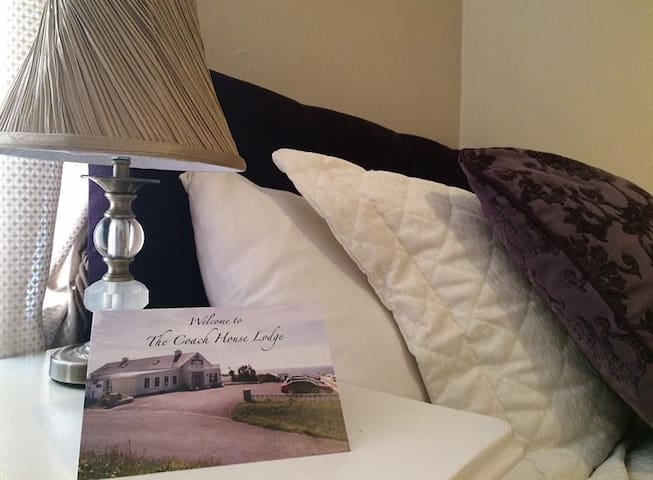 Best Bedroom Sea Views in Lahinch, Room for 3 PPL