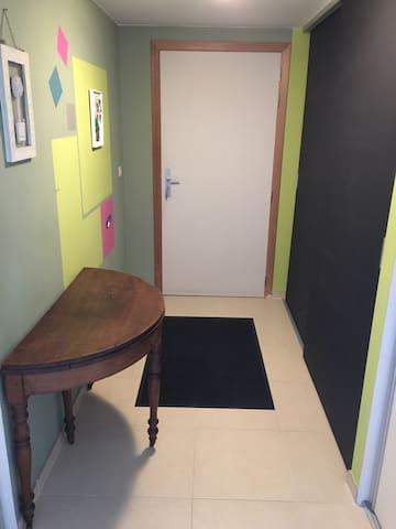 Beautiful private room for renting @ Namur Belgium