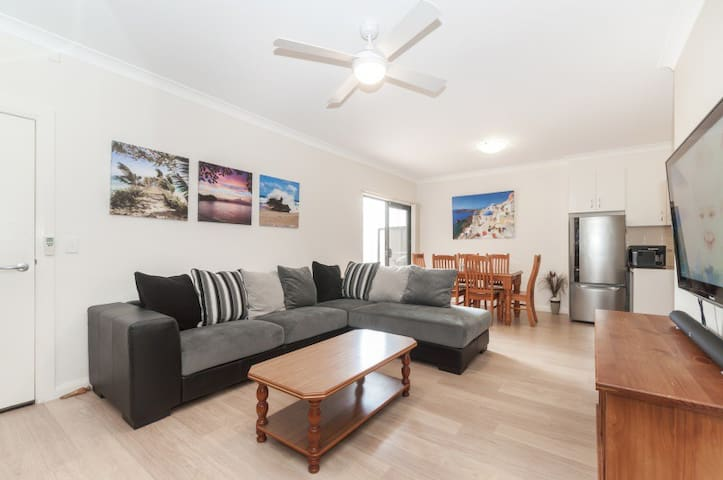 2 bedroom apartment in the heart of Kiama
