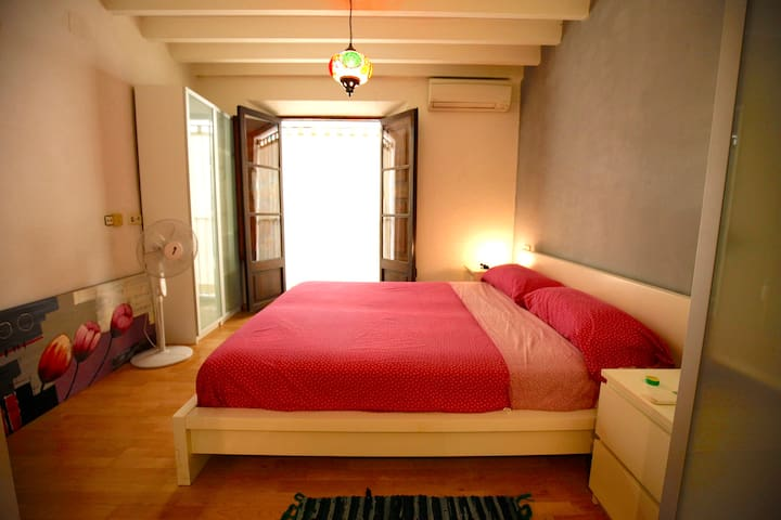 Room with private bathroom and Wi-Fi at Old Town - Palma di Maiorca - Lejlighed