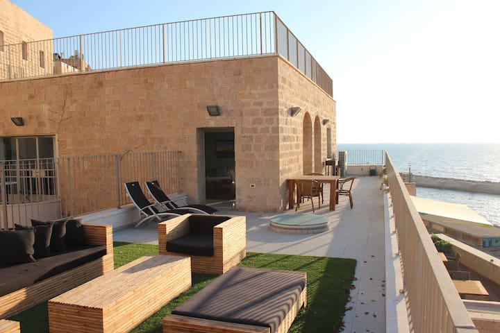 Amazing Penthouse in Old Jaffa