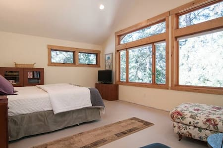 Master Suite with Golf Course Views - Tahoe Vista