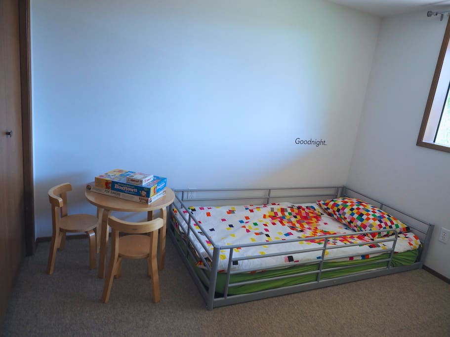 twin x2 bed room