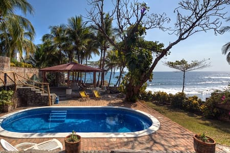 El Zonte Villa, Pool, Wave View