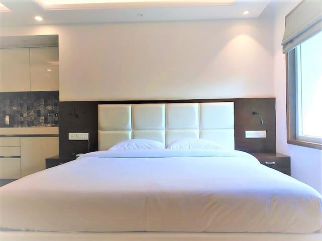 Hotel apartment independent studio 202
