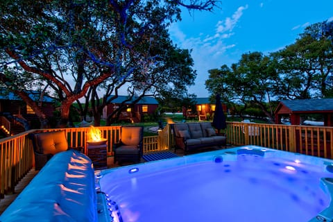 Brand New! Amazing Hill Country Retreat.
