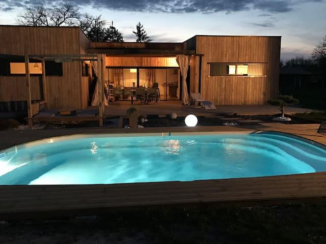 Villa contemporaine en bois