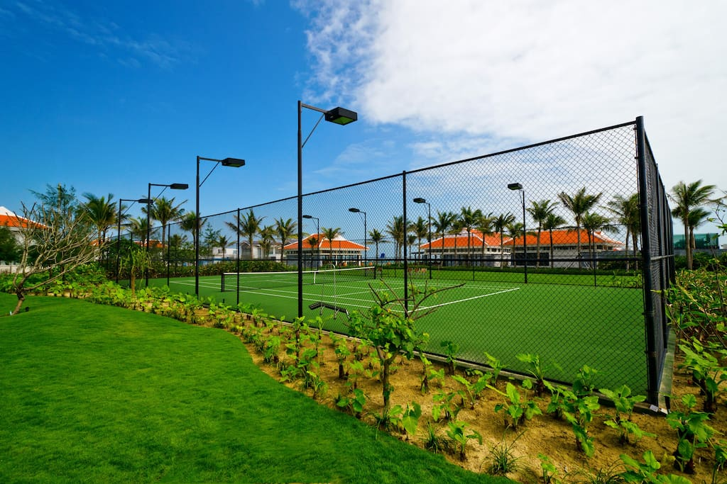 Tennis Court at Beach club - free for guest in-house but need to book advance