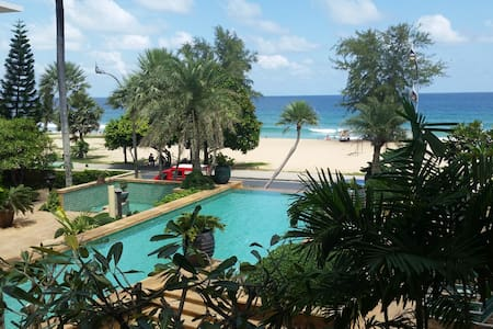 Beachfront Apartment at Karon Beach - Wohnung
