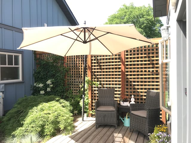 Your own private patio sanctuary!